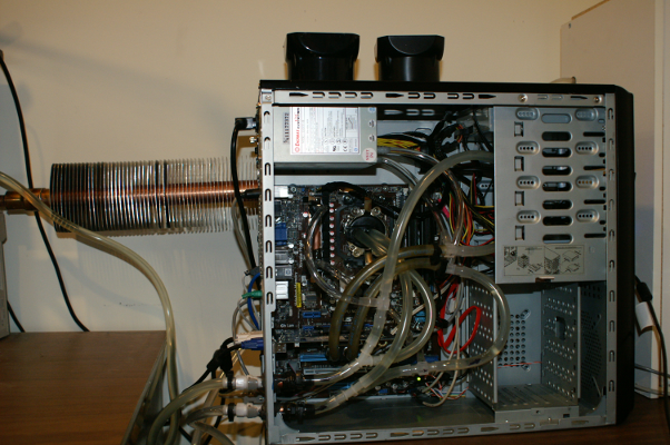 Water-cooling of a PC